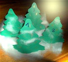 Weihnachtskalender Tannenbaum.Darbeliai Iš Tuoletinio Popieriaus Ritinėlių